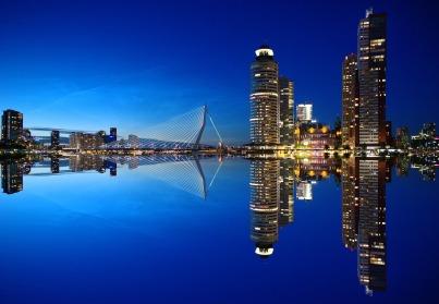 City Yoga Trip Rotterdam - skyline - Mainport Hotel - Taste of Yoga