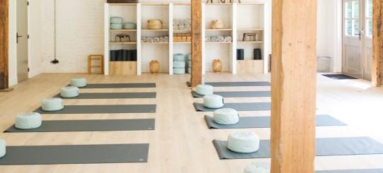 Yoga aan de hei - Wereld van Yoga