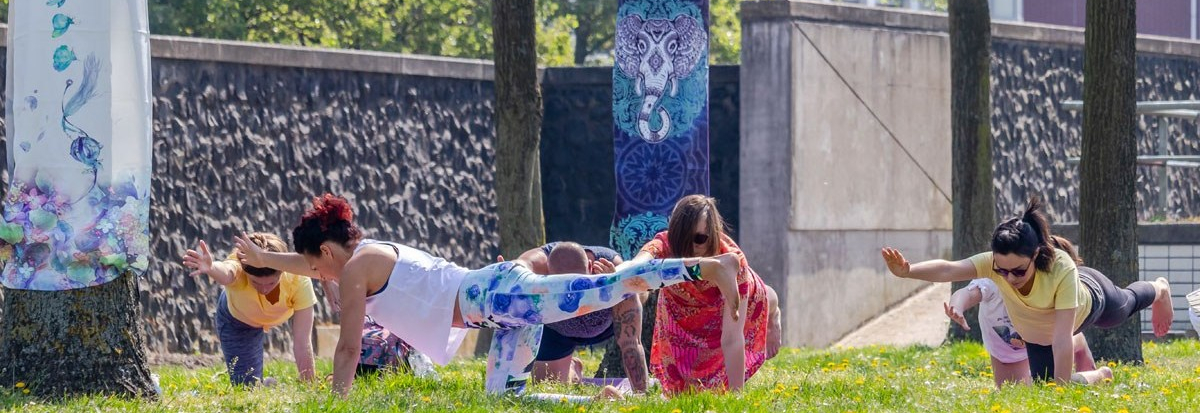 Buitenyoga - Yoga in de Kas - Taste of Yoga